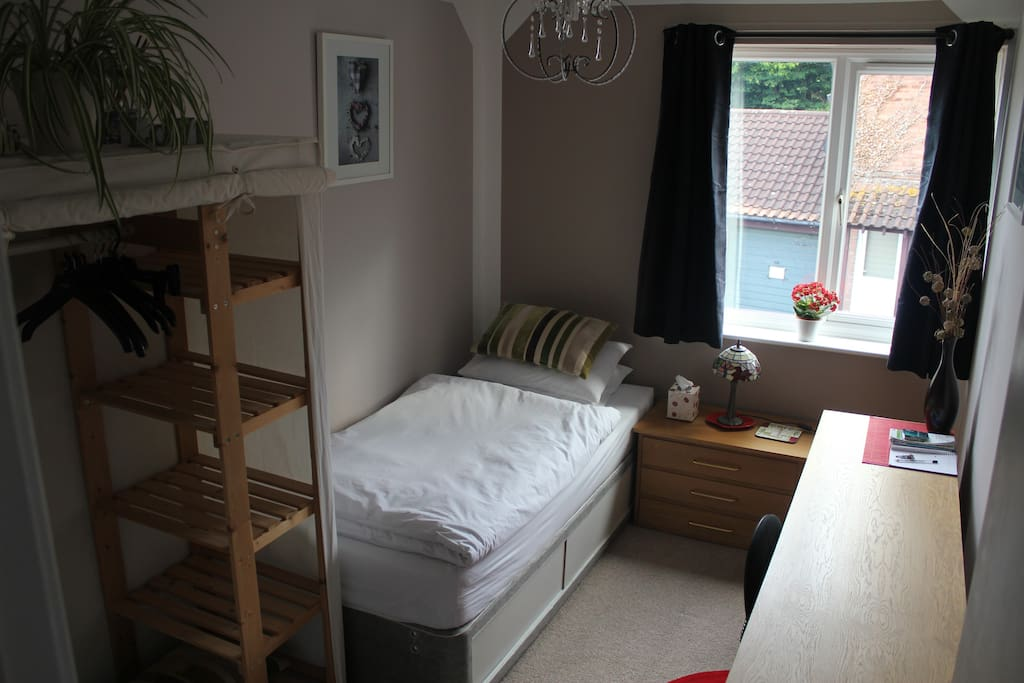 the living room milton keynes room to centre bed and breakfasts for rent 23430