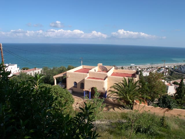 Astonishing sea sight, swimming pool, near Macenas - Ventanicas-el Cantal - Villa