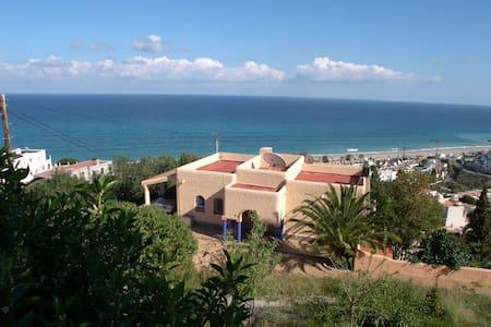 Stupenda vista mare, piscina, vicina Golf Macenas - Ventanicas-el Cantal
