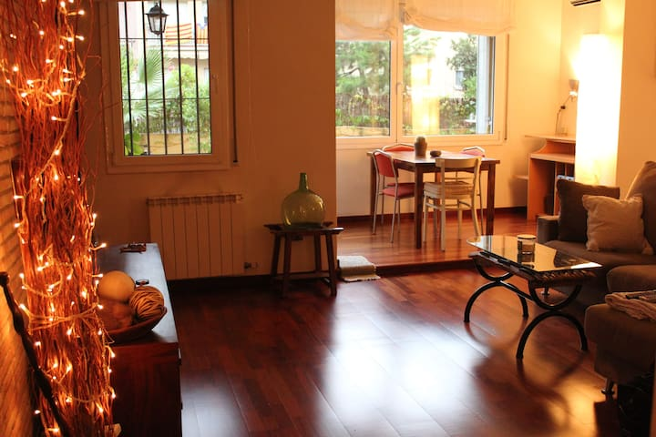 Great place in Barcelona!! Terrace! - Barcelona - Appartement