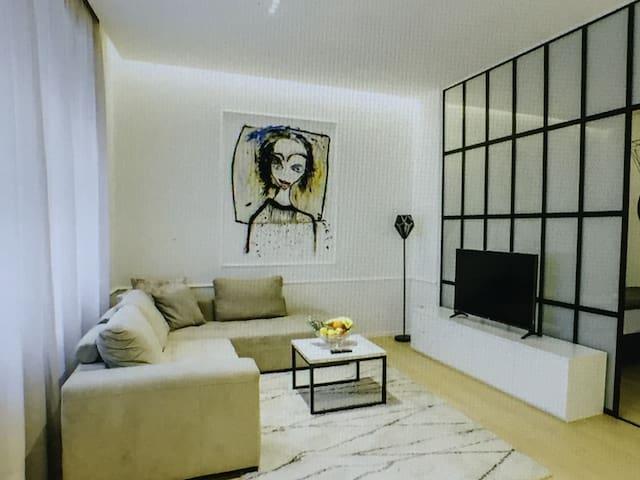 Mshuoyigegao Apartments