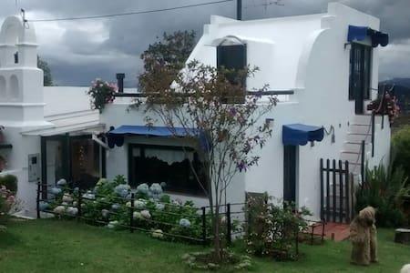 House in the mountains, near Bogotá - Vereda Canavita - Casa