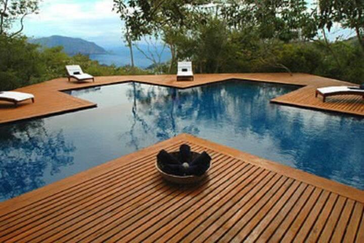 Ultra luxurious ocean-view villa