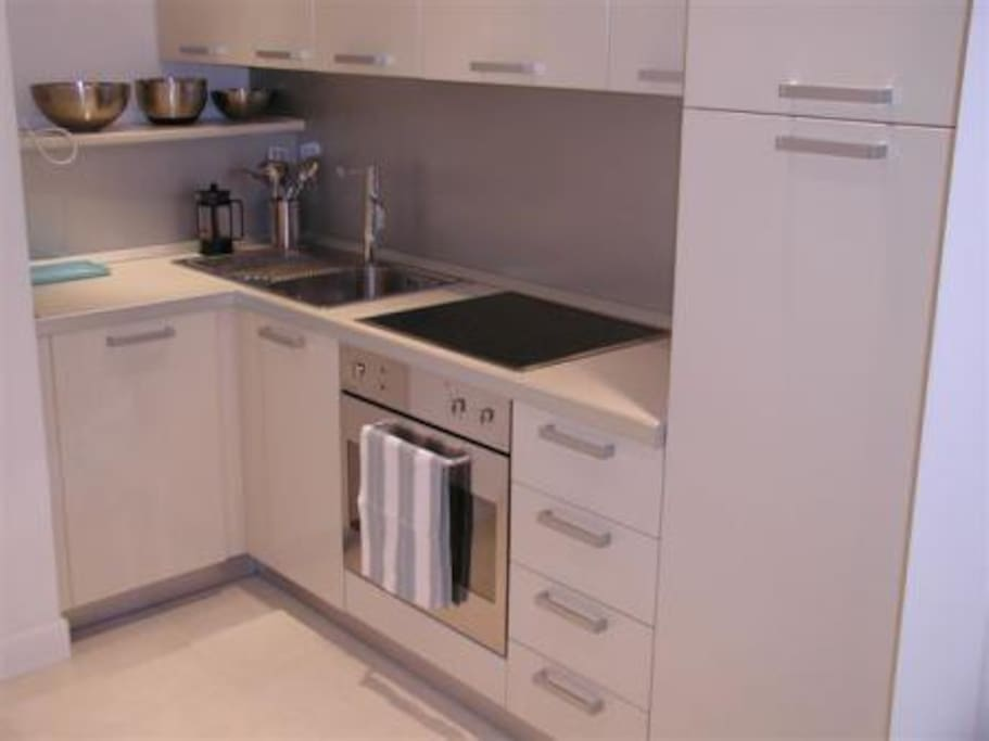 Fully fitted kitchen.  Dishwasher, fridge/freezer, microwave, washing machine, everything you will need for your stay