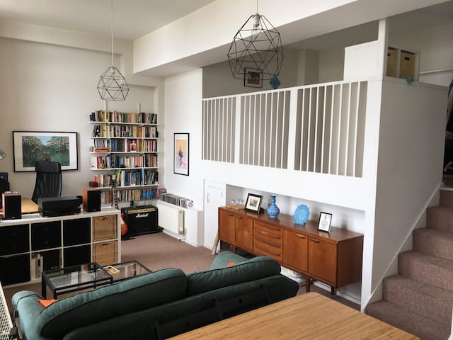 Beautiful flat in converted Victorian school house