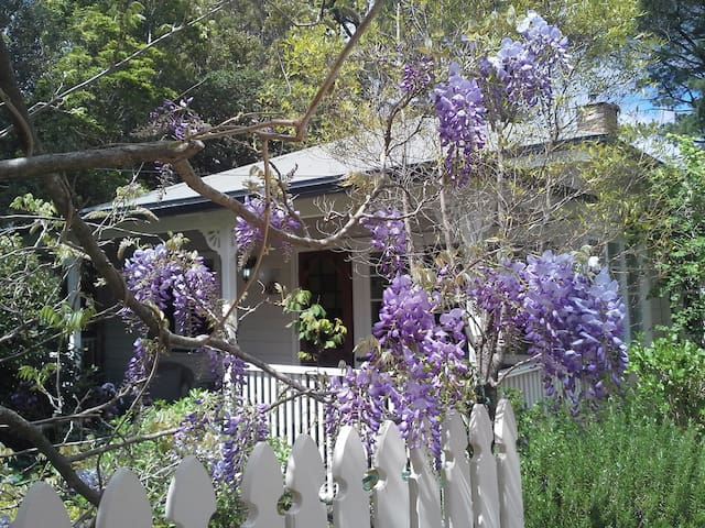 Darling Cottage in Magical Wentworth Falls - Wentworth Falls - Rumah