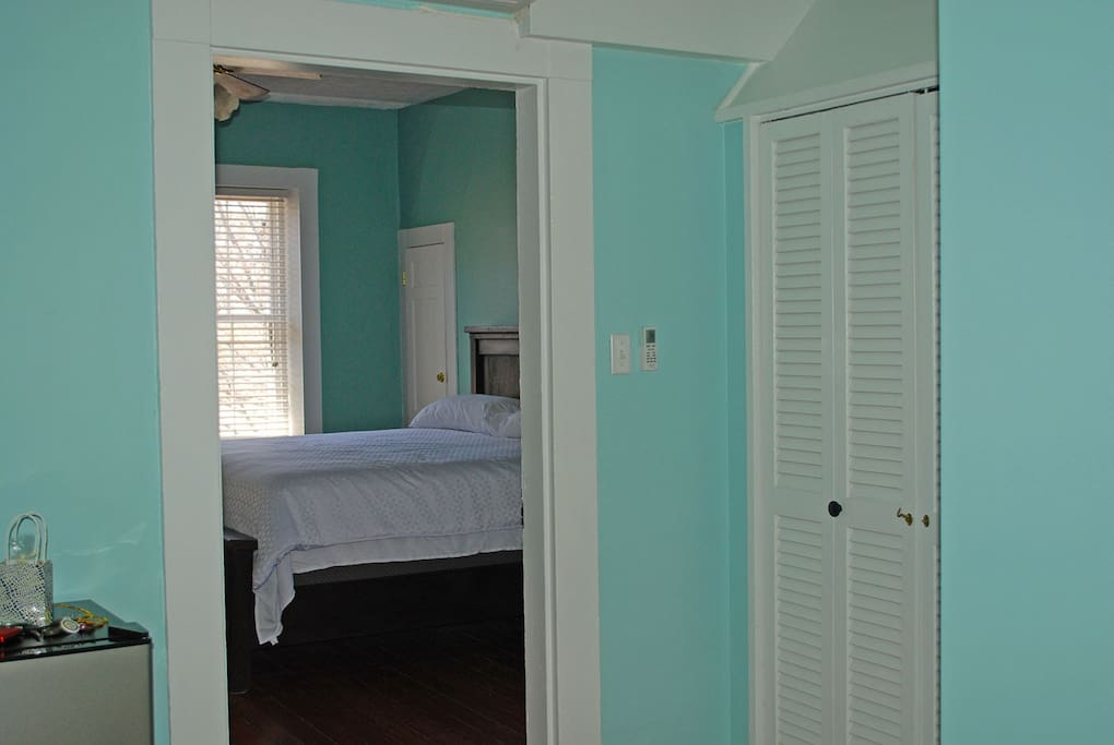 The Scotchtown Suite (King Suite with sitting room)