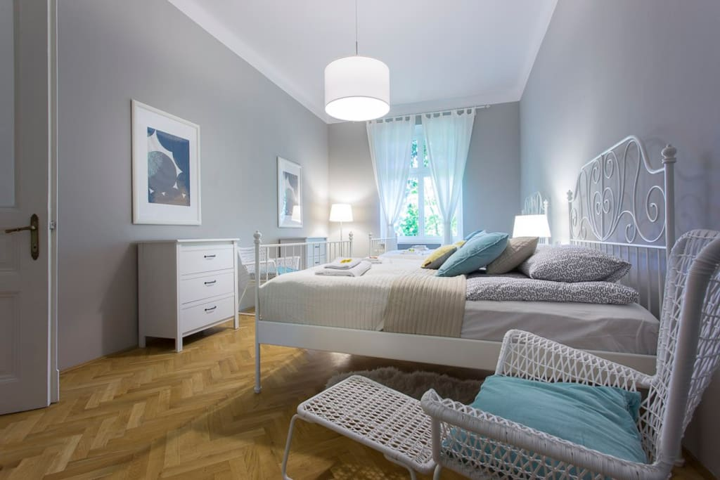 Bedroom with two king size beds