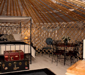 Luxurious Yurt overlooking the Sea - Emsworth