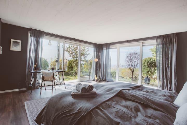 Black room with amazing view(Klotzberg)