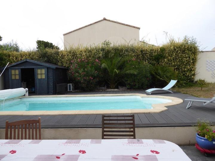 Proche La Rochelle : Jolie Chambre avec petit dej