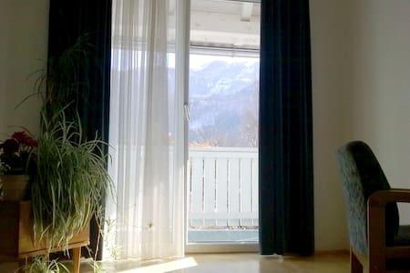 Panorama Ferienwohnung - Hermagor - Huoneisto