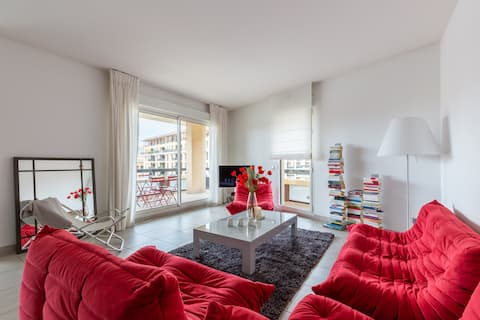 Apartment with terrace lift and parking in the city center (Vendome Rotonde)