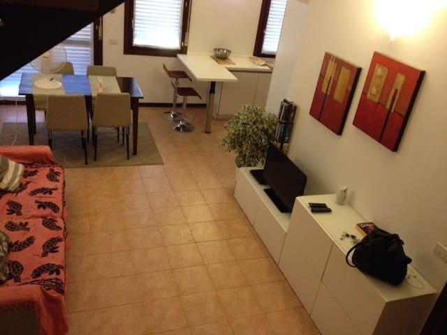 casa nella campagna parmigiana - Corcagnano - Huoneisto