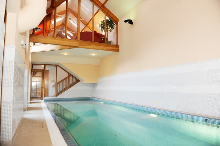 Old World Converted Stableyard With Swimming Pool Houses For Rent In Dublin Ireland
