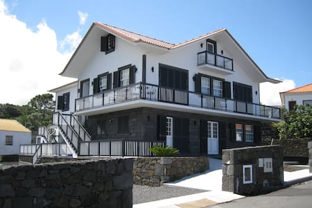 Casa Menezes do Pico Ocean front - Santo Antonio, Sao Roque