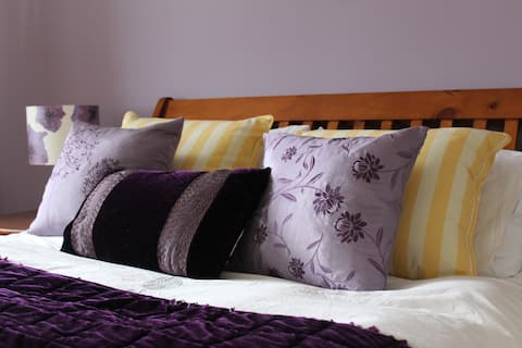 Bed and Breakfast in Luachra Lodges' Lilac Room