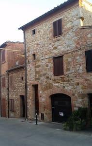 Casa Cesena - Montefollonico - Ev