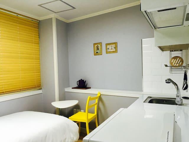 A classy&cosy singleroom@Daehakro - 서울특별시