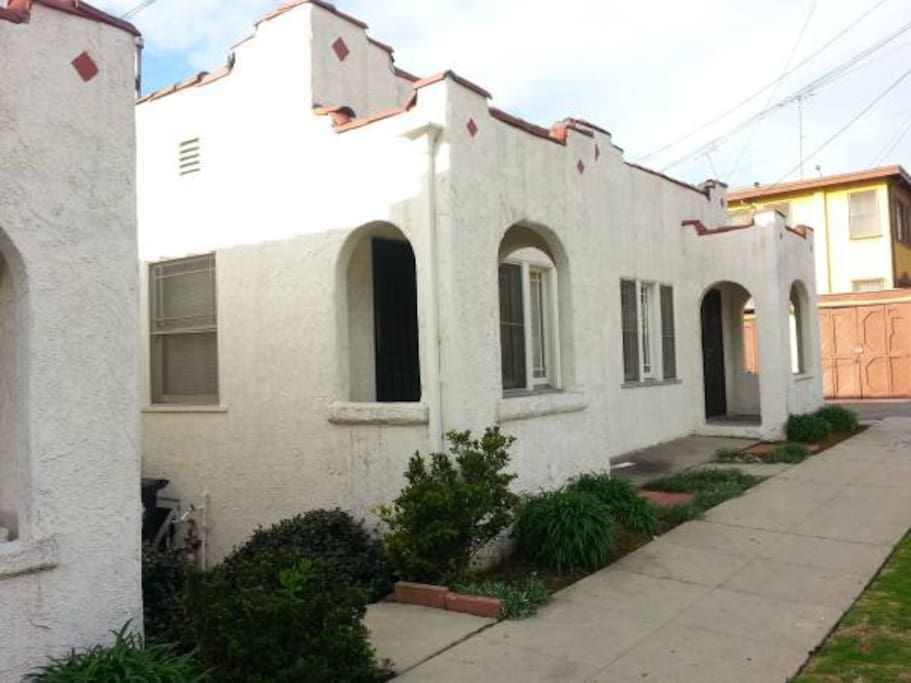 Bungalow in Echo Park, one shared wall. Small patio.