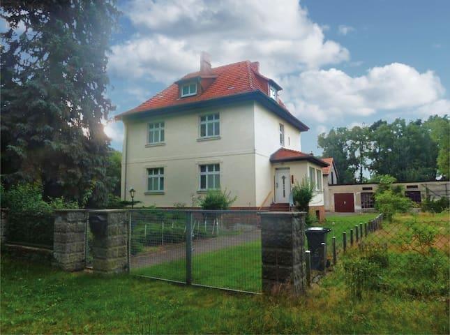 Landhaus-Villa mit Bullerbü-Flair nähe Berlin
