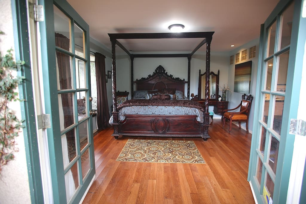 French doors lead to master suite