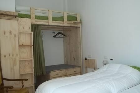 Camera tripla bio-agriturismo - Villa d'Aiano (BO)