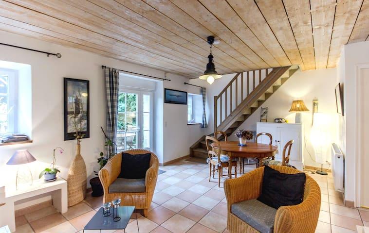 Maison pour 4 personnes DINAN - Trévron - Hus