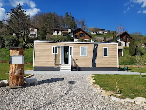 Mobile home by the Doubs