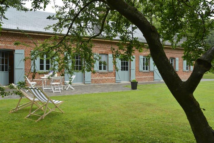 Herstmonceux - Sainte-Marguerite-sur-Mer - House