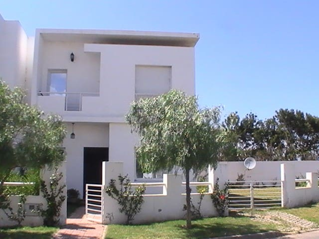 Villa Dar Bouazza - Dar Bouazza - Huis
