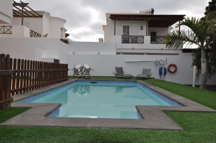 Relax y vacaciones en estupenda Villa