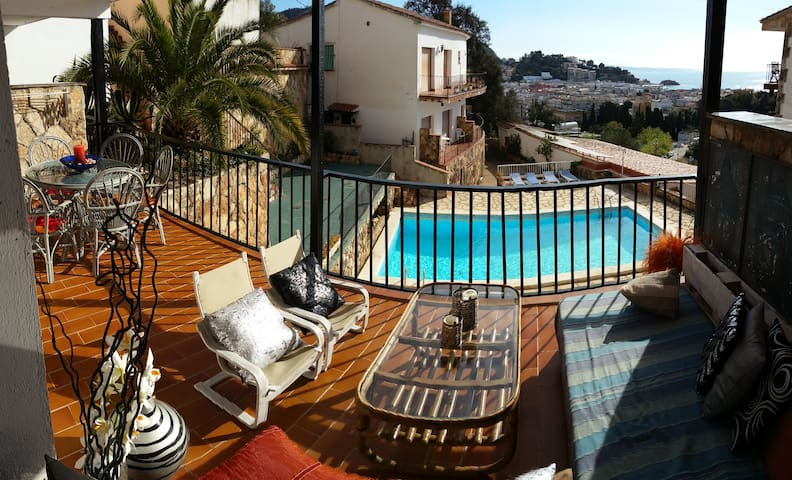 Apartamento,vistas al mar y piscina - Tossa de Mar - Apartment