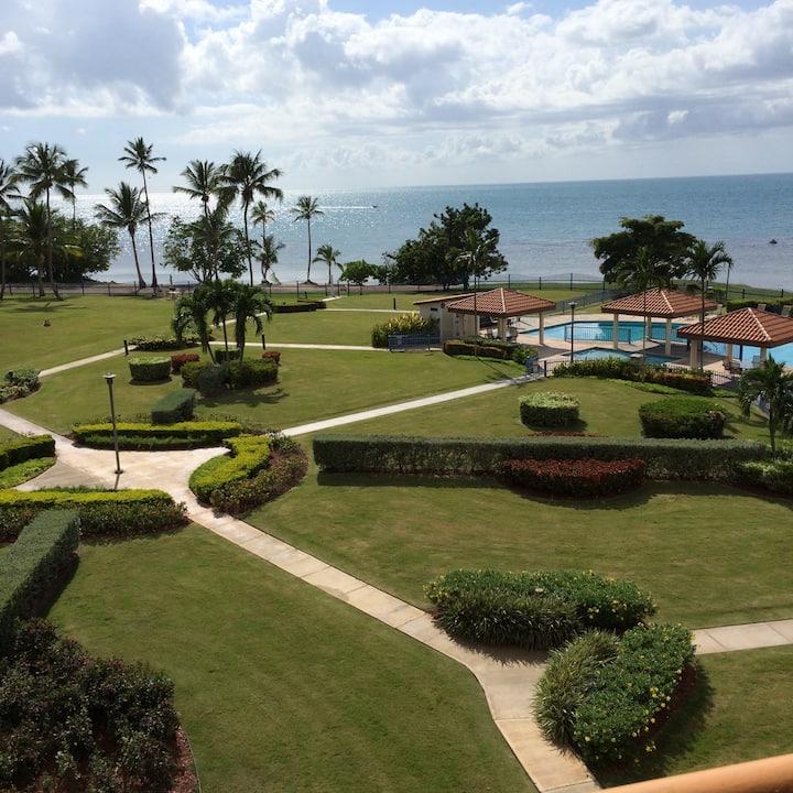 Hac del Club IV405 Golf, WiFi, beach, screens, A/C