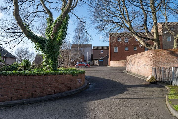 Broughty Ferry Contractor Apartment