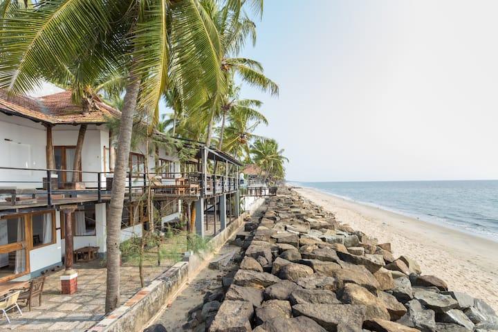 36 Palms Sea View