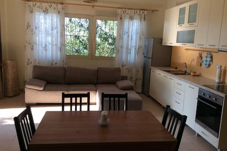 WONDERFUL APARTMENT ON THE SEA_KIMA