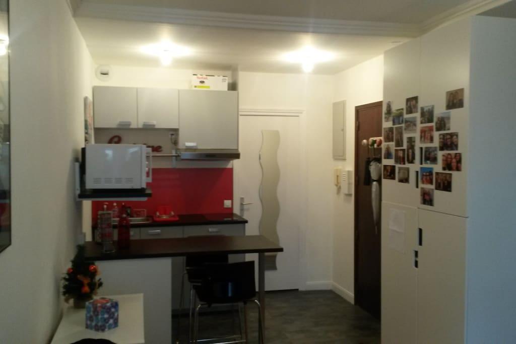 studio centre ville avec terrasse appartements en r sidence louer angers pays de la loire. Black Bedroom Furniture Sets. Home Design Ideas
