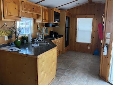 One Bedroom Floating Cabin # 9 Hammerhead in BPK