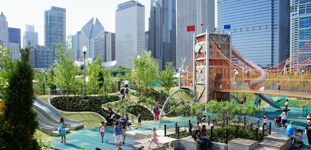 0.9 miles or 6 minutes away to Maggie Daley Park!