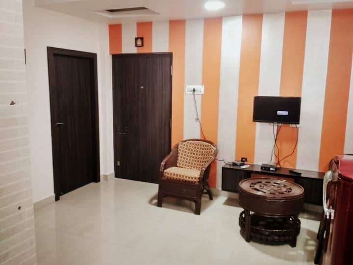 Affordable 2 BHK Guest House with all Facilities