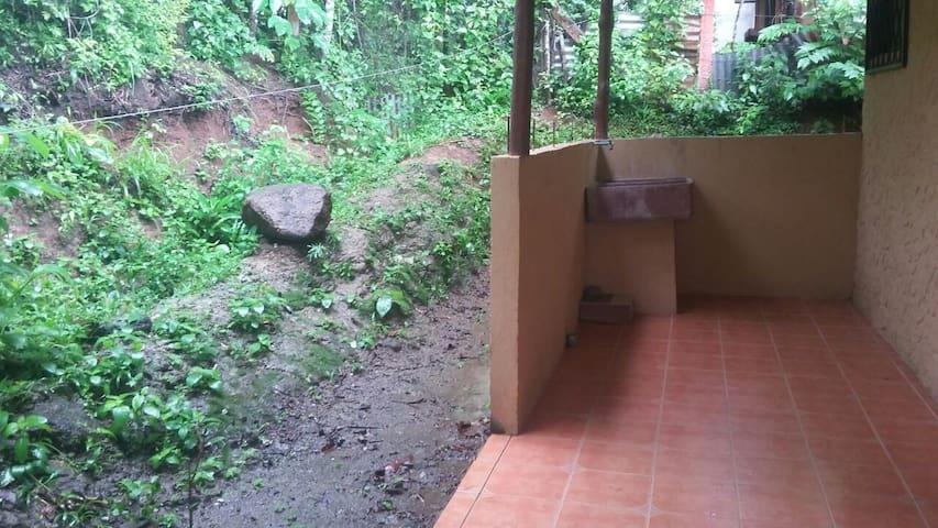 Casa para vacacionar - Orotina - Dom