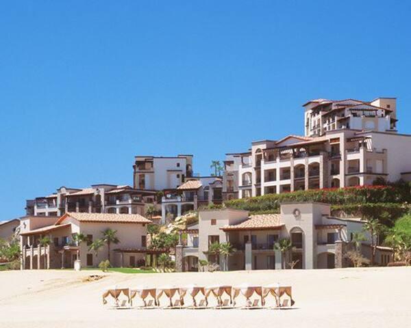 Pueblo Bonito Resort at Sunset Beach