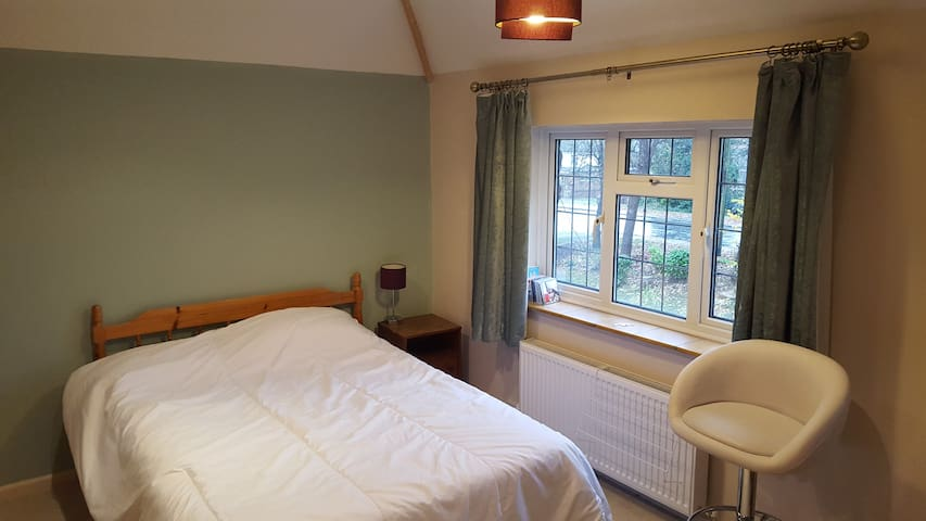 Large double - preferred single occupancy - Woodley