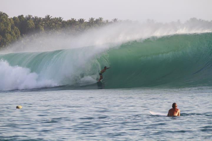Mentawai-SurfCamp - South Siberut - Ev