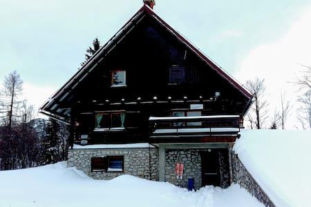 Chalet Zala B&B dormitory rooms/ Outdoor-mania - Ukanc