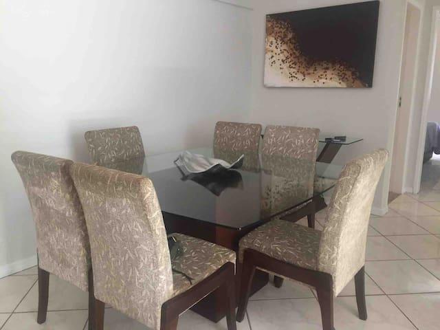 Apartamento no Coração Praia do Canto.
