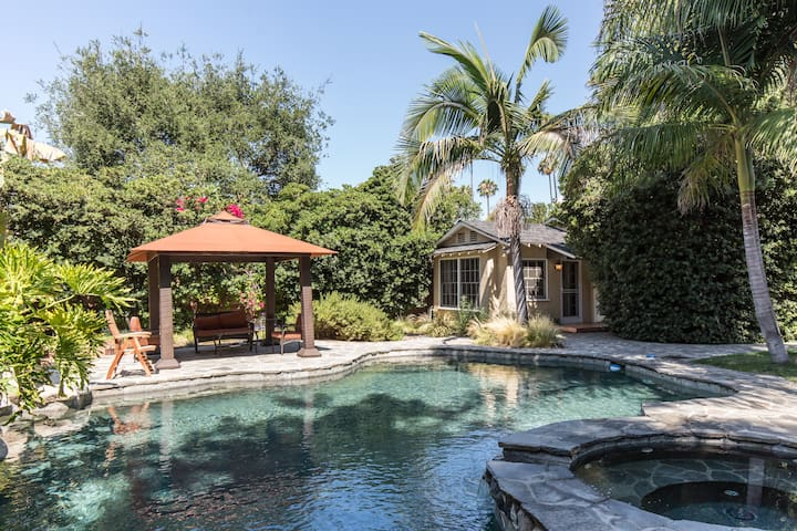 Charming guest house w/ pool access - Van nuys - Dom