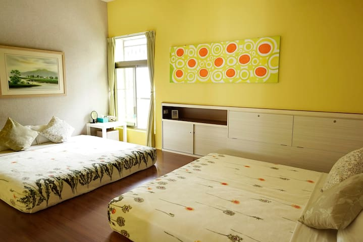 【安蘭居 An Lan Jie】Deluxe Quad Room - West District - Bed & Breakfast