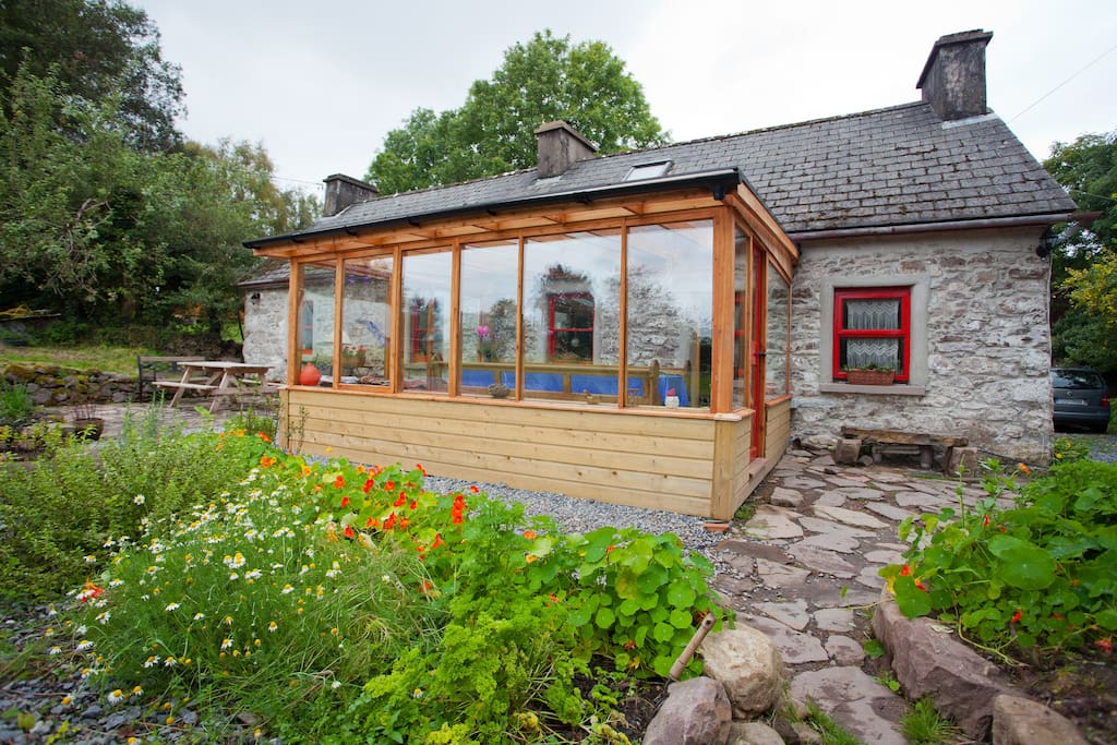 Organic Traditional Irish Cottage Cabins For Rent In